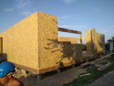 Skydinių namų statybos darbai