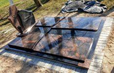 Kapaviečių dengimas granito plokštėmis