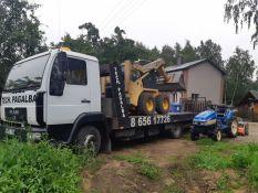Vežame visą techniką iki 4,5 tonos: traktorius, mikroautobusus, statybinę techniką su prailginta platforma iki 6,5m