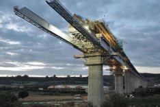 Inžineriniai sprendimai tiltams, pramonei, statiniai skaičiavimai