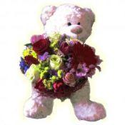 Meškinas su gėlėmis