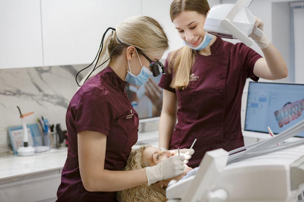 Parodontoze sergančių pacientų implantacija