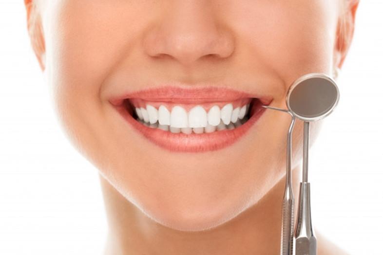 Burnos higiena Klaipėdoje : kodėl taip svarbu nepamiršti apsilankyti klinikoje?