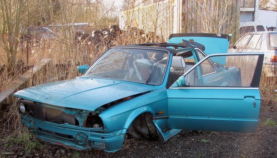Atsakomybė už nelegalų automobilių ardymą