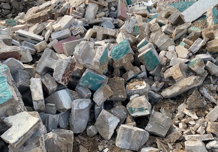 Kas turi pasirūpinti statybinėmis atliekomis?