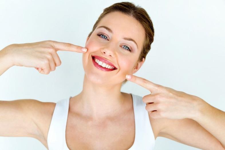 Pasidarėte burnos higieną? Kaip toliau palaikyti gražią šypseną?
