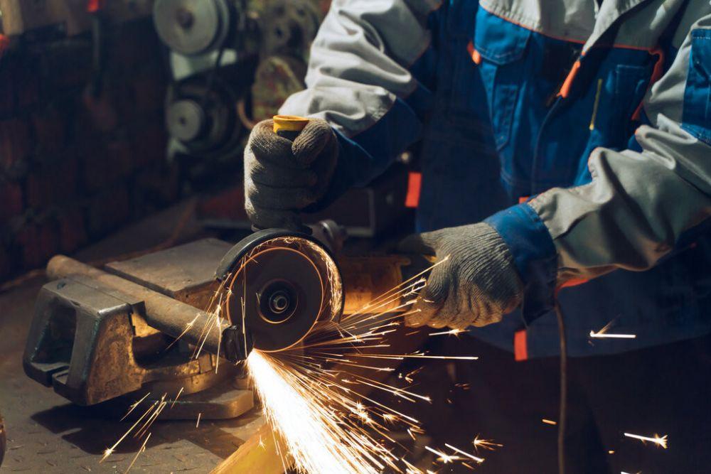 Kagneta pataria – ką reikia žinoti prieš renkantis metalo apdirbimo paslaugas