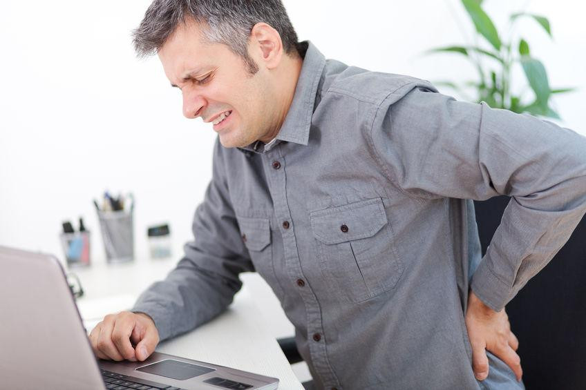 3 patarimai kaip išvengti nugaros skausmų dirbant
