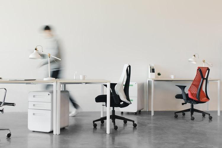 Kokie biuro baldai yra svarbiausi?