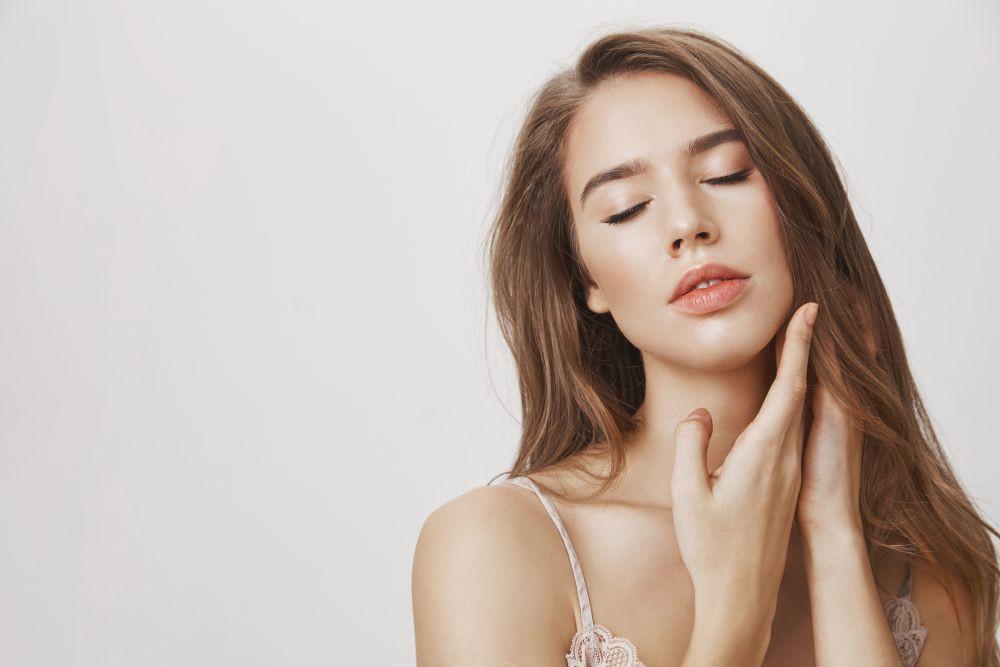 HydraFacial + Dermaheal Ultimatum PTx procedūra: kosmetologė atsako į dažniausiai užduodamus klausimus