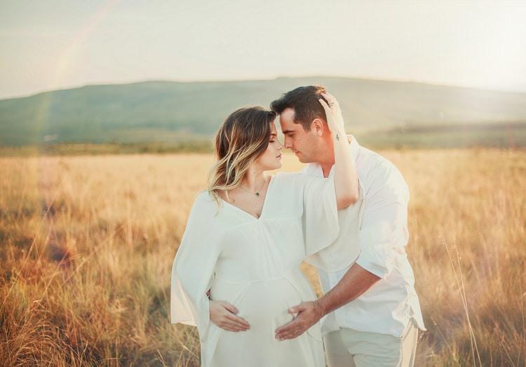 Burnos ertmės sveikata nėštumo metu ir pirmieji kūdikio metai: ką vertėtų žinoti?
