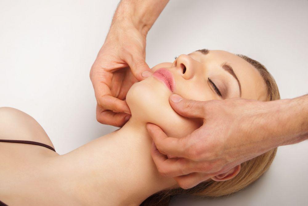 Tikrasis Kobido veido masažas